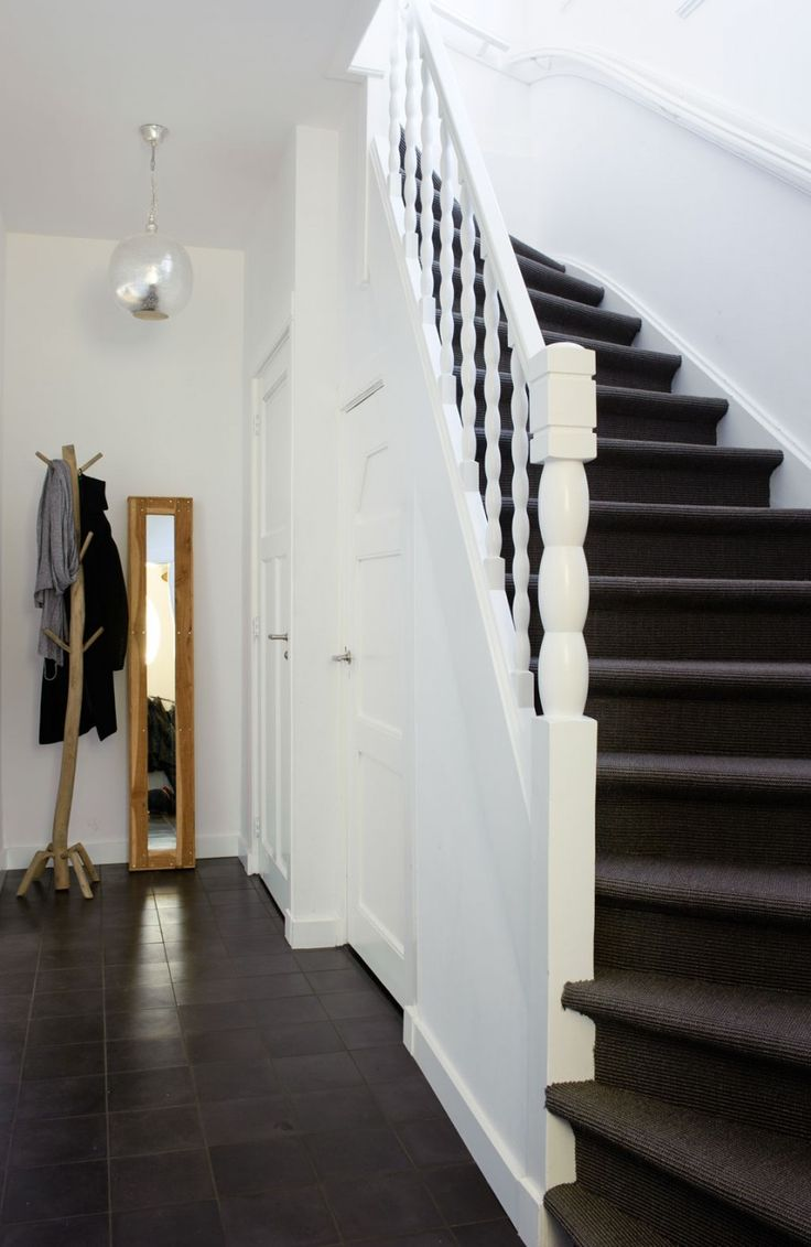 25 beste idee n over witte hal op pinterest entree appartement inkomsthal decor en smalle gangen - Entree appartement ontwerp ...