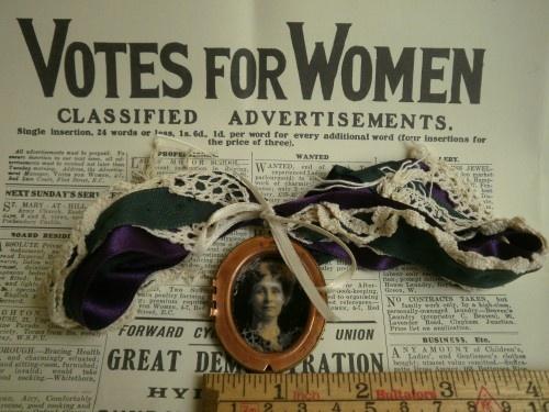 Votes for Women - Suffragette Choker of Emmeline Pankhurst
