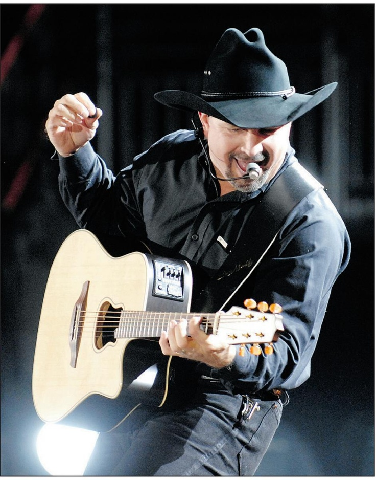 "Stuff I *don't like :@ ... ""Fans cry foul as Garth Brooks tickets sell out in 58 seconds flat. Resale sites get tickets while many others don't."" CALGARY HERALD"