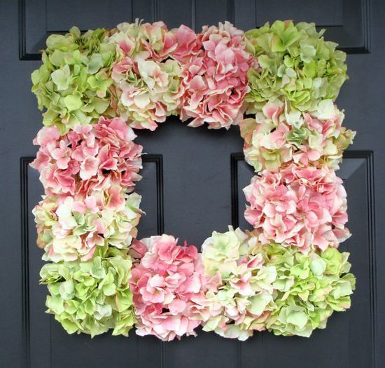 Hot glue hydrangeas - or any flower -  onto a Dollar Tree frame for a beautiful & cheap #diy gifts #diy decorating ideas| http://diyaiden.blogspot.com