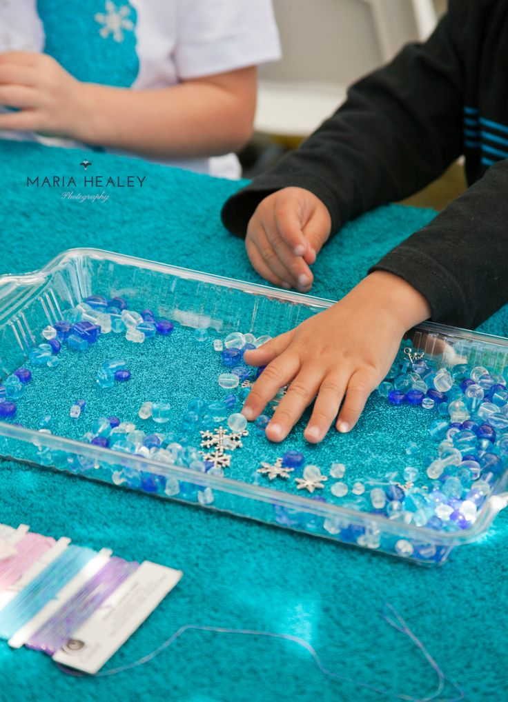 Frozen Birthday Party Activity Idea: Making necklaces {Made by a Princess} #frozen #frozenparty #frozenbirthday  Photo courtesy of @Maria Healey
