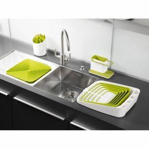 Limonkowe wyposażenie ożywi wnętrze kuchni.