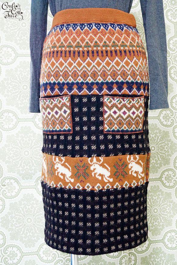 ☆Thank you SOLD OUT☆古着のノルディックトナカイ柄のセーターと、チェック柄のセーターを組み合わせたニットスカートです。タイトなストレートライ... ハンドメイド、手作り、手仕事品の通販・販売・購入ならCreema。