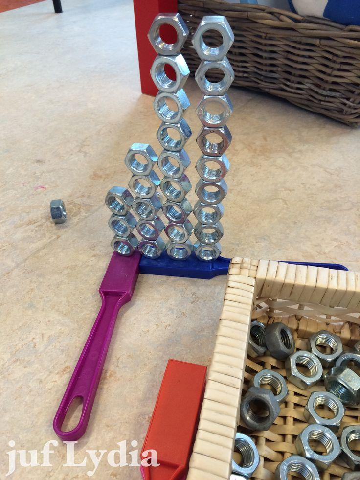 Constructies met moeren op stevige magneten maken @mijnhartje - Zoek je sterke magneten? https://www.credu.nl/product/magneetstaaf/