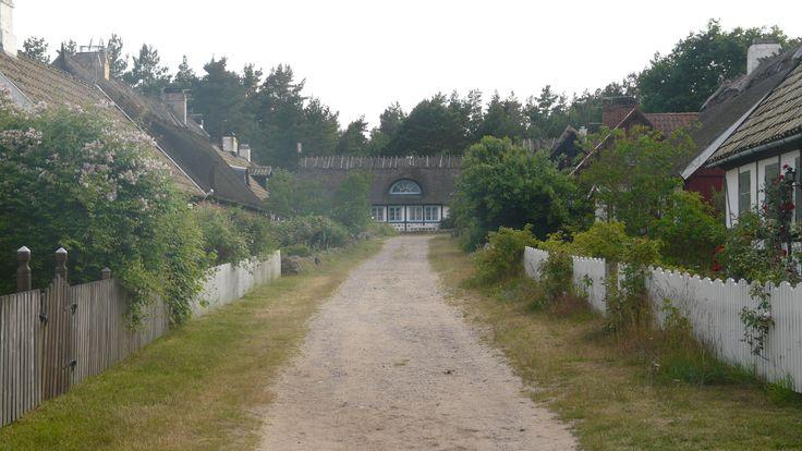 Knäbäckshusen. Foto: Henriette Ellberg ©www.mittosterlen.se  För mer information se mittosterlen.se/ #mittosterlen, #jordiskaparadis, #osterlen