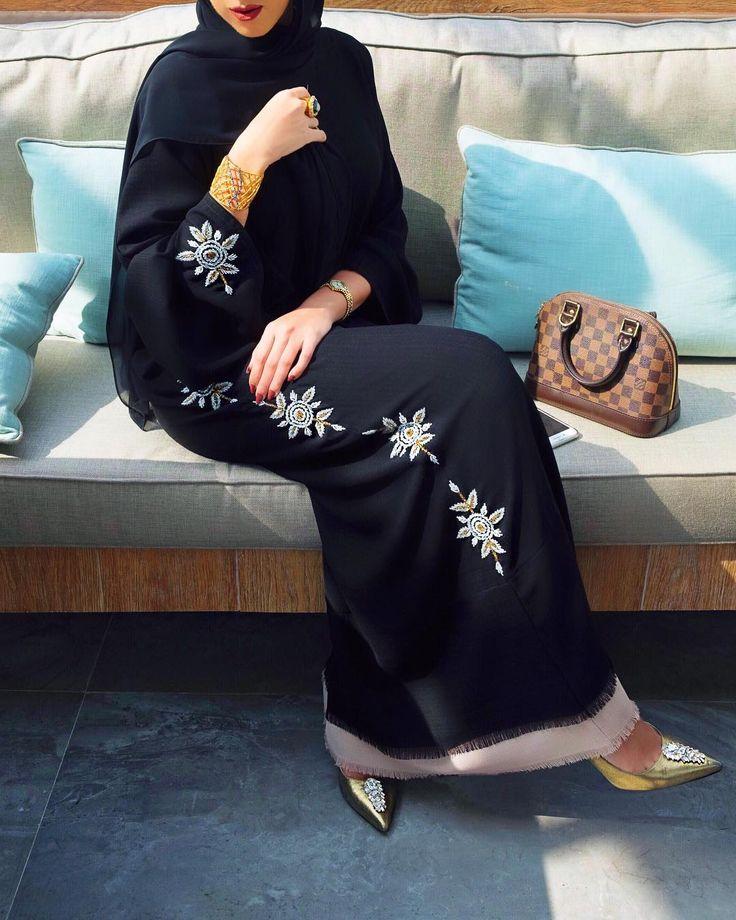 "1,960 Likes, 65 Comments - هنـد المدني  (@hindalmadani) on Instagram: ""Eid Mubarak Everyone  مباركن عيدكم و عساكم من عواده #whathindwore"""