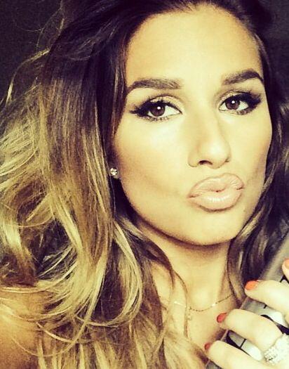 Jessie James makeup