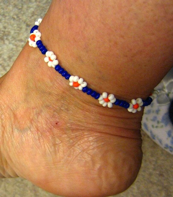 Daisy Chain Anklet ,Womens Jewelry, Boho jewelry, Hippie Jewelry, Seed Bead Anklet, by suncreations. Explore more products on http://suncreations.etsy.com