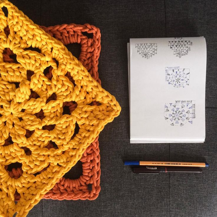 New work, granny square, four colours rug, pattern of each square are based on well-known granny square pattern and adapt to 5 milimeters cotton string.