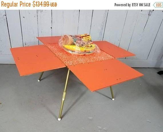 ON SALE Vintage Piknik-Pal picnic basket convertible table
