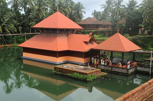 3 Must See Temples during a Visit to Kerala- God's own Country @keralatravelt http://kerala-travel-tours.tumblr.com/post/98713639094/3-must-see-temples-during-a-visit-to-kerala-gods-own