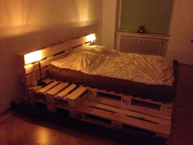 1000 ideas about bett aus europaletten on pinterest. Black Bedroom Furniture Sets. Home Design Ideas