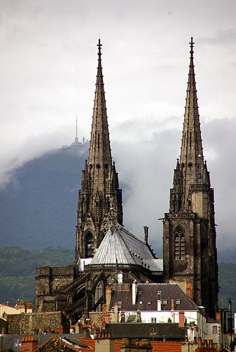 Cathédrale de Clermont Ferrand. Puy de Dôme. Auvergne