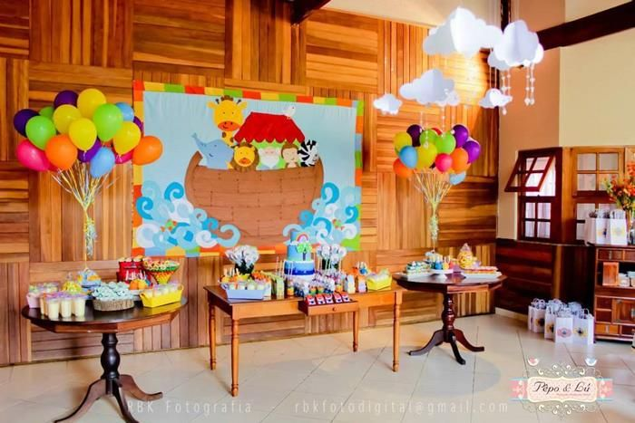 Noah's Ark Party via Kara's Party Ideas : The beautiful set ups