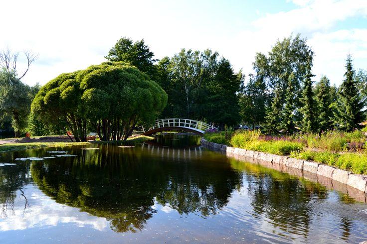 Karhulan puisto, Finland | via Tuulta ja Tyrskyjä • https://www.pinterest.com/pin/424534702346601969/
