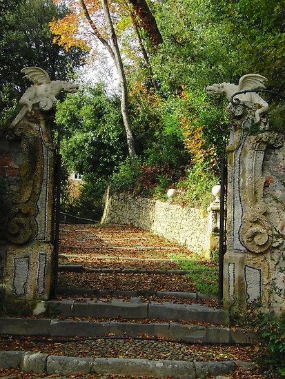 Villa Garzoni gates