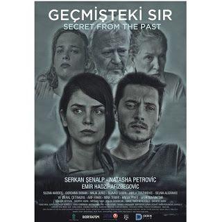 Film Gündemi: Geçmişteki Sır (2017) Geçmişteki Sır (2017) Geçmişini Bosna'da arayan genç bir fotoğrafçının hüzün dolu öyküsü 1 Aralık 2017 günü sinemalarda. #serkansenalp #natasapetrovic #yerlifilm #bosna #savas #dram