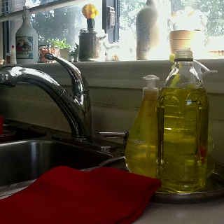 Use an olive oil bottle for your dishwashing liquid. | 34 Ways To Make Your Stuff Last As Long As Possible