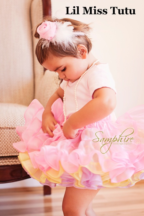 Gorgeous & Frilly Perfect for lil Miss flowergirls <3  We also offer Custom Colours too