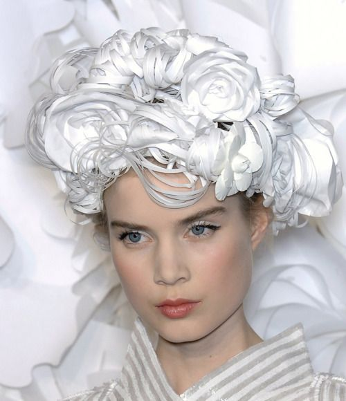 Chanel Spring 2009 Haute Couture with paper headdresses created by the Japanese hairdresser Katsuya Kamo