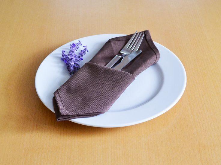 31 best servietten falten images on pinterest napkin folding how to fold napkins and table. Black Bedroom Furniture Sets. Home Design Ideas