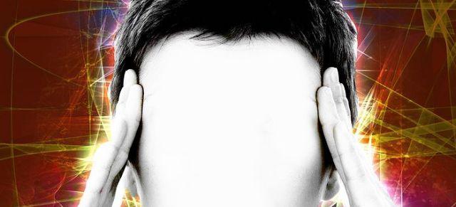 ¿Qué causa el zumbido de oídos? ~ Nueva Mentes