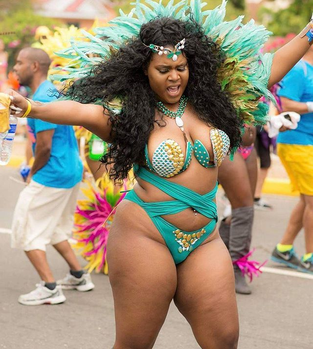 54 Best Images About Curvy Girls On Pinterest Sexy Black