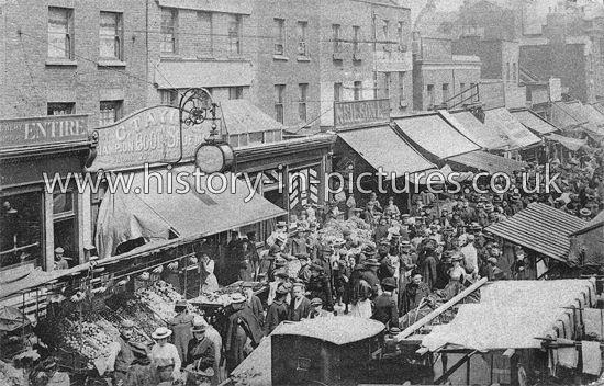 Chapel Street, Islington, London, c.1908.