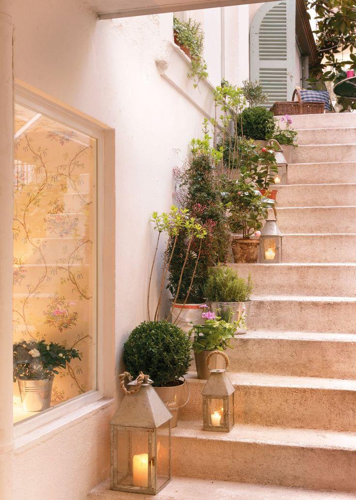 Las 25 mejores ideas sobre escaleras de patio en pinterest - Como decorar la entrada de mi casa ...