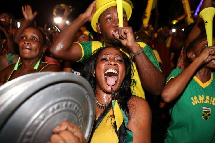 Rio Olympics 2016: Usain Bolt's third straight 100m gold sparks ...