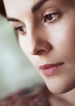 Lady Mary  | More Downton Abbey photos here:  http://mylusciouslife.com/historical-style-downton-abbey-photos/