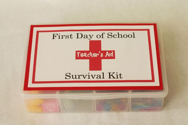 First Day of School Survival Kit for teachers: Teacher Gifts, Back To Schools, Gifts Ideas, Teacher Appreciation Gifts, Teacher Survival Kits, Schools Gifts, Teachers, School Survival Kits, New Teacher