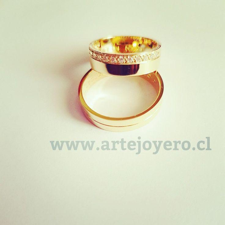 Argollas planas oro 18k +56977900432 www.artejoyero.cl