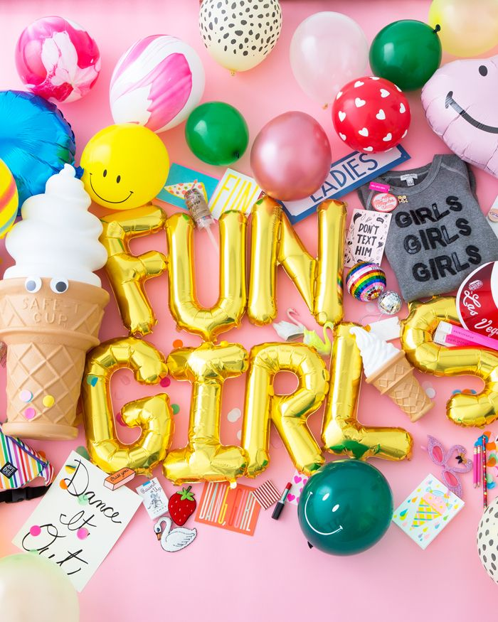 OMG! it's the massive #girlspopup spree! for day 3 of the #bandofunorama, jen's giving away over $1,000 worth of her faves from both the online and the IRL #gir
