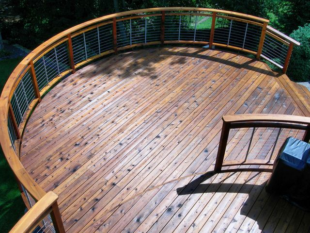 Often, having two of something is twice as good as having just one. Hundred dollar bills come immediately to mind! But what about coats of deck sealant? Are two necessarily better than one? -- http://landscaping.about.com/od/decksandarbors/ss/Should-I-Use-One-or-Two-Coats-When-Sealing-My-Deck.htm