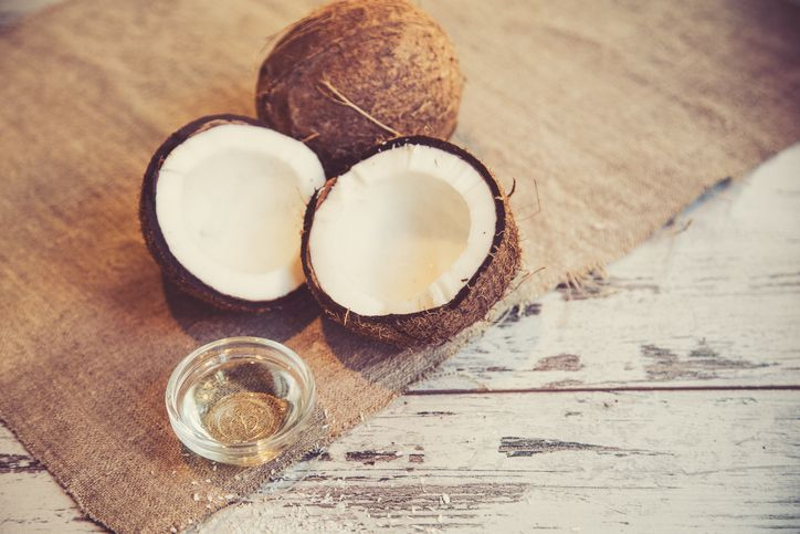 What is MCT oil really? Learn the many benefits of MCT oil, how it compares to coconut oil, as well as why lauric acid does not act like a real MCT.