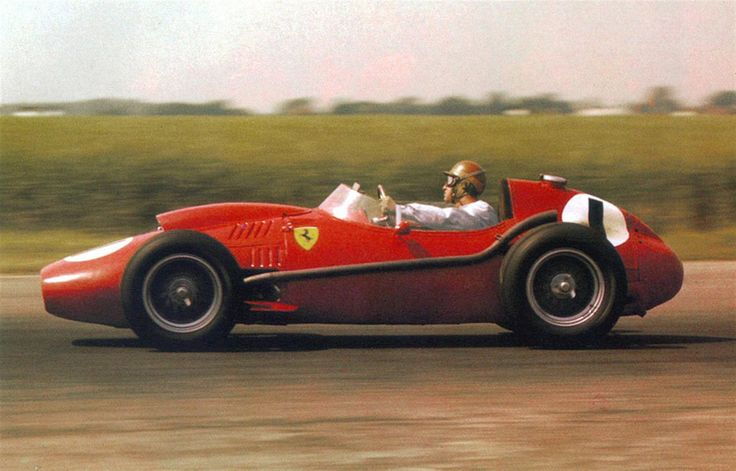 Peter John Collins (GBR) (Scuderia Ferrari), Ferrari Dino 246 - Ferrari 143 2.4 V6 (finished 1st). 1958 British Grand Prix, Silverstone Circuit