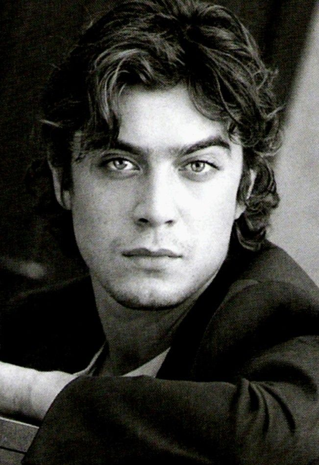 Riccardo Scamarcio. Italian. Mmmmm.