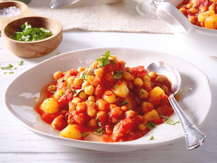 Maximal 250 kcal pro Portion und trotzdem lecker und gesund? Das sind kalorienarme Rezepte für Suppen, Salate, Pfannen- und Ofengerichte.