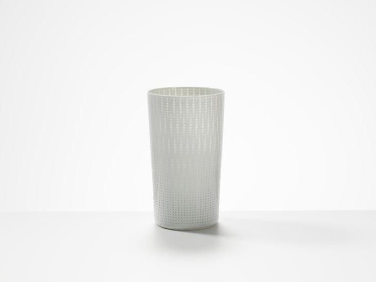 Light Vessel, porcelain by Niisato Akio