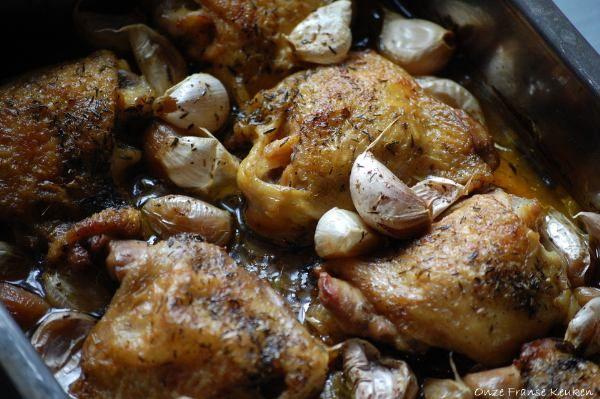 Een Franse klassieker en ondanks wat de titel doet vermoeden krijgt je kip slechts een subtiele romige knoflooksmaak...