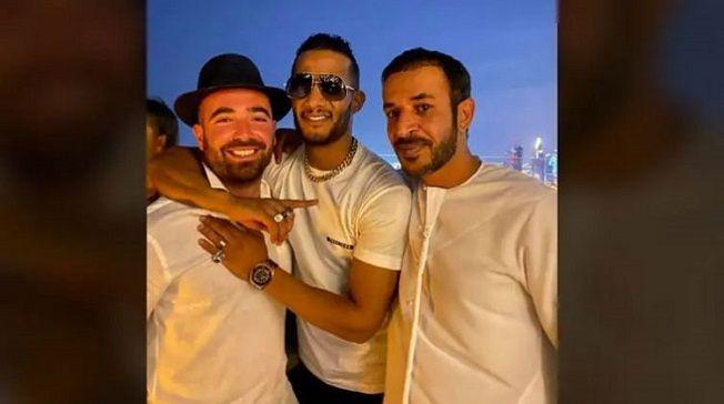 صور الفنان محمد رمضان والإماراتي حمد المزروعي مع الجمهور في دبي