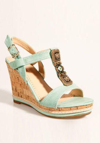Sandály na klínovém podpatku #ModinoCZ #sandals #shoes #fashion #style #lightgreen #moda #sandaly #boty #zelena