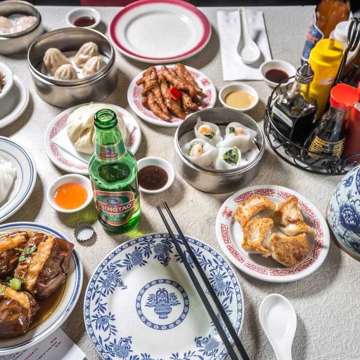 From Flushing's never-ending stalls to Brooklyn's late-night hangouts with Far East mainstays.