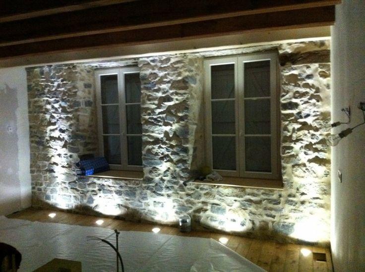 Image - Eclairage du mur en pierres - Je rénove ma ferme - Skyrock.com
