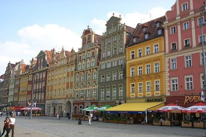Les façades des maisons de la Place du Marché - Photo © wyzik - Flickr.com #Pologne