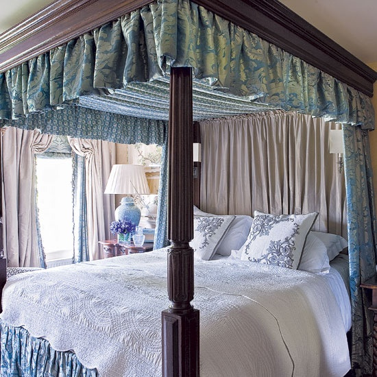 17 best images about ice blue rooms on pinterest paris for Victorian bedroom ideas