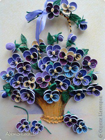 Картина панно рисунок Квиллинг Любимые цветочки Бумажные полосы фото 1