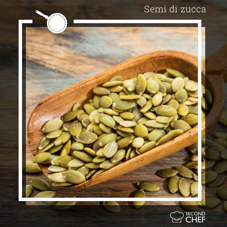 #Sapeviche i semi di zucca sono un alimento estremamente versatile? Sono ideali sia per piatti dolci che salati! Potete aggiungerli semplicemente allo yogurt della colazione, usarli per decorare il pane fatto in casa oppure per arricchire una semplice insalata con pollo grigliato insieme all'uvetta. Scopri le nostre ricette su http://rebrand.ly/menu-settimanale  #Second_Chef #incucinaconsecondchef