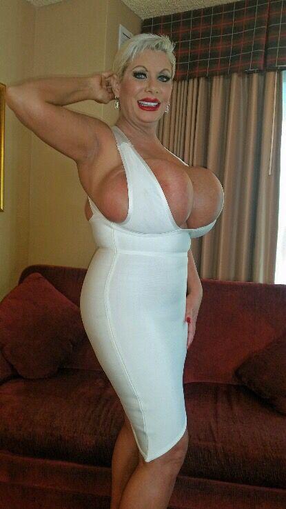 Mature Bbw Blonde Claudia Marie Exposing Her Enormously Big Tits Claudia Marie Milf